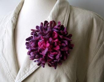 Hand felted Dahlia Felted flower brooch lilac pink Felt brooch Merino wool brooch Felt jewelry Ready to ship