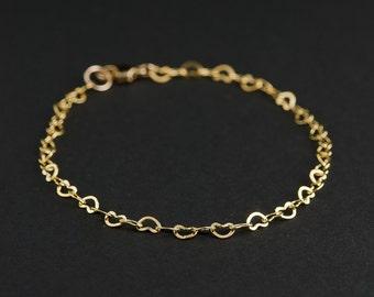 Dainty Gold Heart Chain Bracelet, Chain Of Hearts, Heart Link Chain Bracelet, Minimalist Jewellery