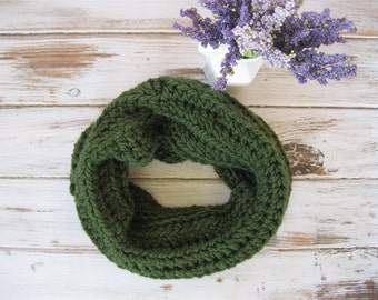 Hunter Green Cowl | Chunky Winter Cowl | Olive Knit Scarf | Textured Winter Neck Warmer