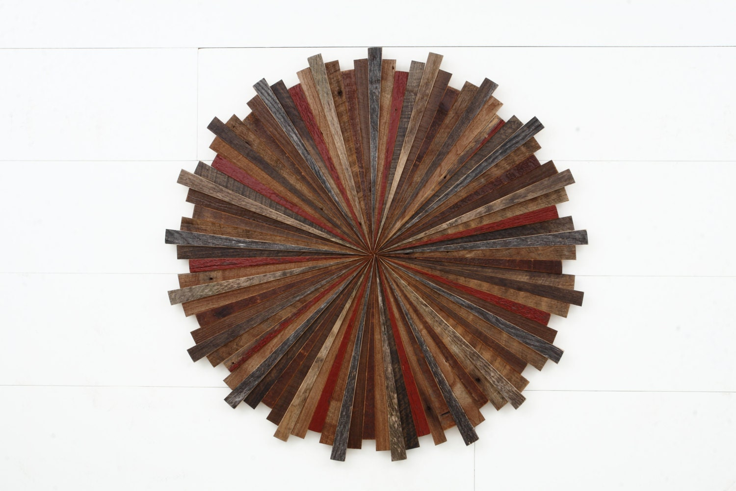 starburst wood wall art made with old reclaimed barnwood. Black Bedroom Furniture Sets. Home Design Ideas