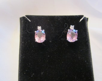 Oval Accented Lavendar Amethyst Stud Earrings