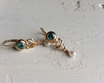 14ky pearl/green topaz earrings