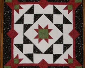 Christmas Red Green Black Quilted Wall Hanging, Christmas Red Green Black  Quilted Table Topper, Quiltsy Handmade, Contemporary Art Quilt
