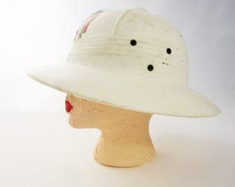 Pitch Helmet - A Super Fun and Useful 'White Veterans' Pith Hat  - Helmet - 'VFW' Pith Hat Helmet - Gardening - Beach - Trekkin
