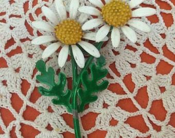 Vintage Enamel Daisy Pin, White Daisy Brooch