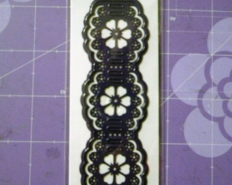cArt-Us Cutting & Embossing Die - Floral Braid Border
