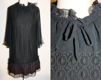VINTAGE 70s Glam Goth Rock  Retro Witch style Black Chiffon and Lace Smock Mini Dress. Pleated Bell Sleeves and Ruffle Neckline. Size M-L