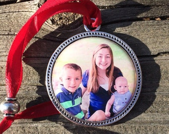 Personalized Christmas Ornament/Keepsake Photo ornament Set Under Jewelers Grade Resin 1 1/2 size
