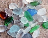 39 pcs of unusual sea glass colors HU-0019 from the Peruvian coast - includes teal, plum, blue