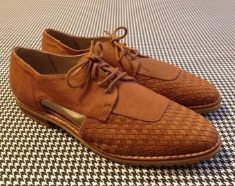 1990's, woven leather, and fabric, summer oxfords, with side cut-outs, Women size 10 M