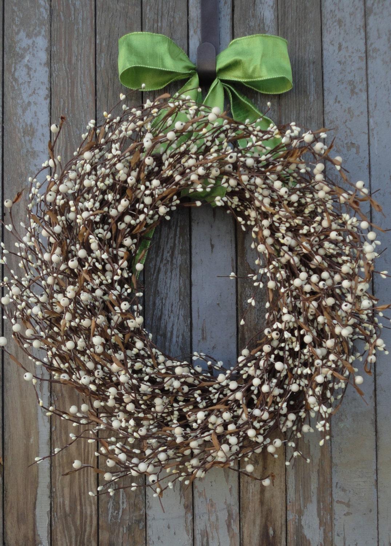 recipe: cream berry wreath [38]