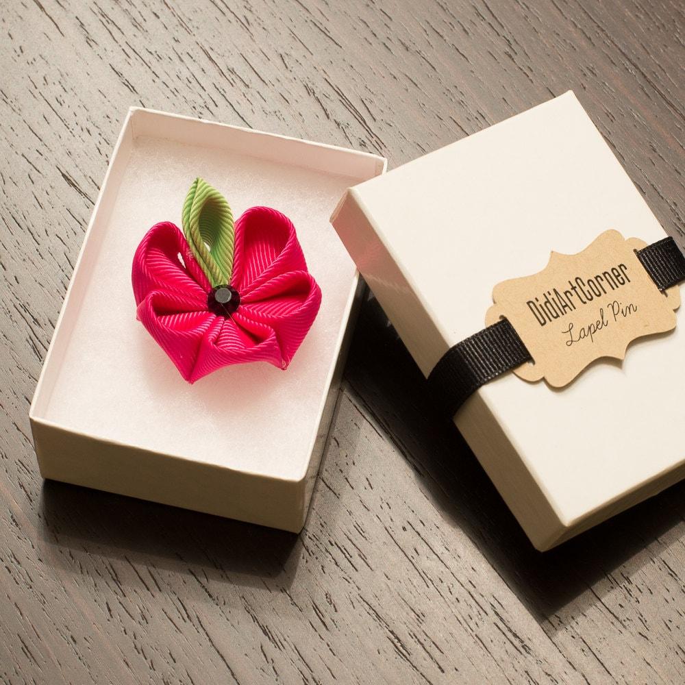 Stylish Beautiful Black Flower Lapel Pin: Lapel Pin Hot Pink Kanzashi Flower Lapel Pin With Black