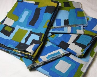 5 Pieces of 1970s Fabulous Abstract Home Decorating Fabric in Turquoise Blue, Olive & Black, About 5 Yards, Heavy Weight Home Decorating