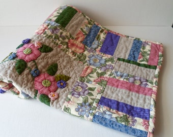SALE - Handmade Linen & Cotton Spring Bouquet Quilted Wall Hanging