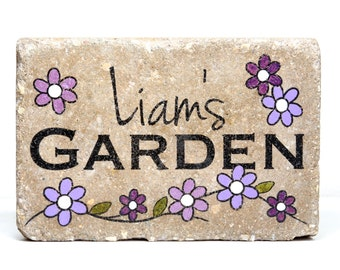 Custom Garden Stone. 6x9 Personalized Garden Stone. Rustic Concrete Paver. Name Garden Sign. Personalized Name Stone. Outdoor Decor.