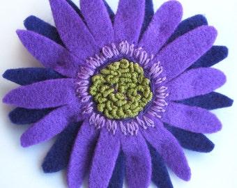Purple Flower Brooch, Large Gerbera Brooch, African Daisy Felt Pin, Hair Clip, Floral Corsage, Felt Flower Statement Jewellery