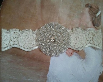 Wedding Toss Garter - Crystal Rhinestone - Style TG126
