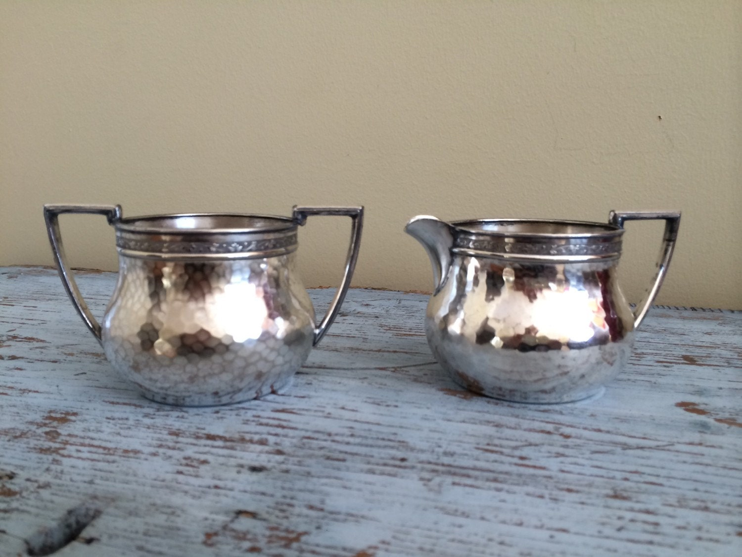 Vintage derby silver plate co hand beaten cream and by for Decor fusion interior design agency manchester m3