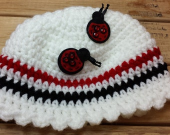 TH5 Black, white and red lady bug hat