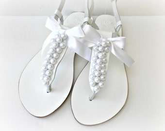 Wedding leather sandals, White sandals decorated with white pearls, Pearls sandals, Bridal shoes, Bridesmaid flats,Summer shoes,Bridal party