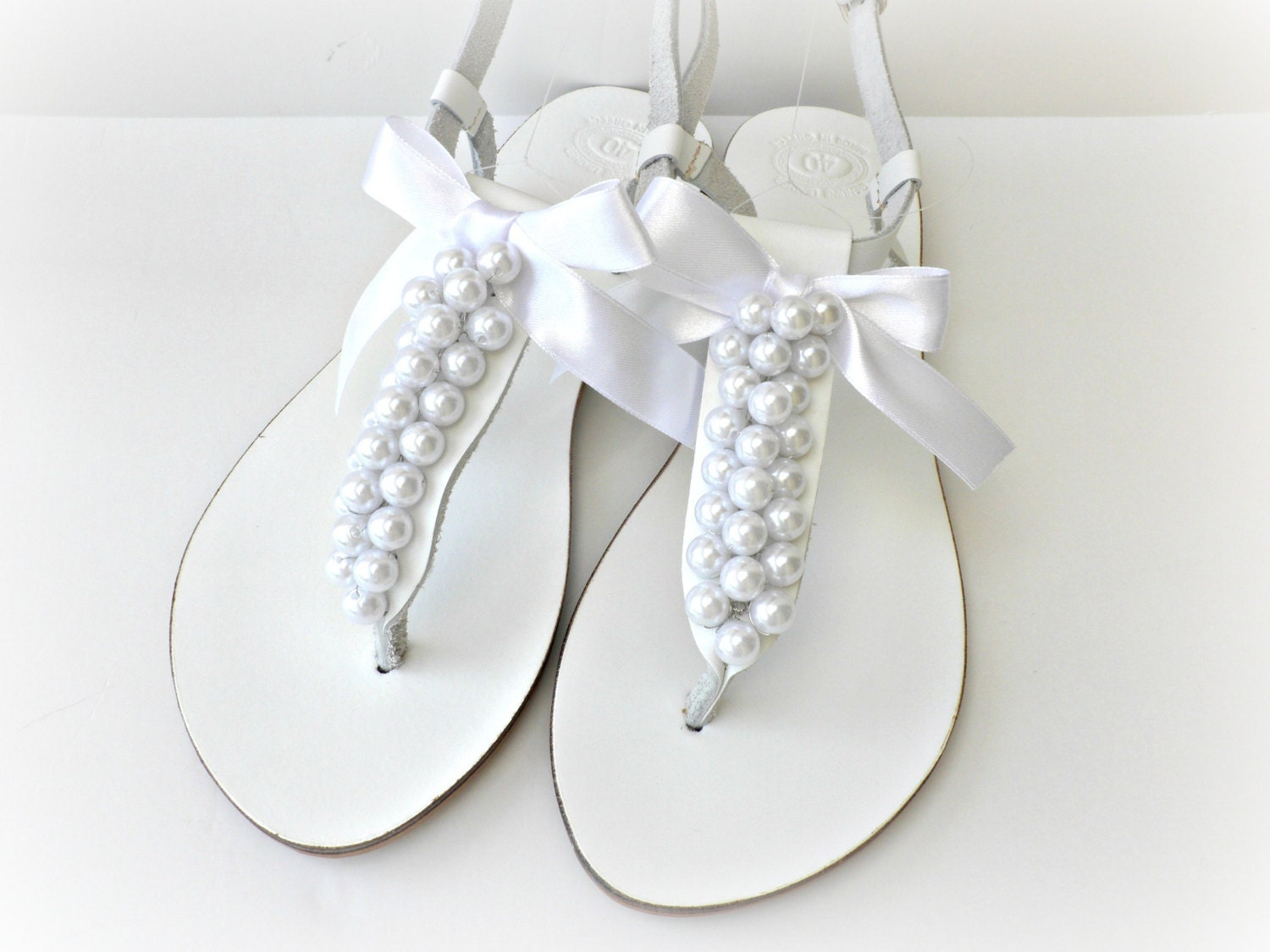 Wedding leather sandals white sandals decorated with white for Flat dress sandals for weddings