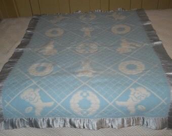Vintage baby blanket - blue with satin trim