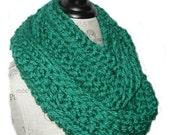 GREEN INFINITY Scarf Cowl Long Chunky Crochet Hand Made in USA Knit Green Loop Infiniti Scarf Soft Bulky Yarn