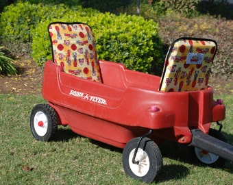 All Around Canopy Wagon by Step2 The All Around Canopy Wagon is a multi-function wagon for nearly every use! It will provide your kiddos with a enjoyable ride from the seats to the canopy that will shade little eyes from the sun.