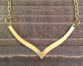 Gold Chevron Necklace, Chevron Necklace, Dainty Chevron Necklace, Chevron Jewelry, Geometric Jewelry, Geometric Necklace