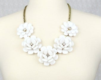 Rose Necklace Flower Statement Necklace Beaded Rose Necklace Collar Necklace White Necklace Bridal Jewelry