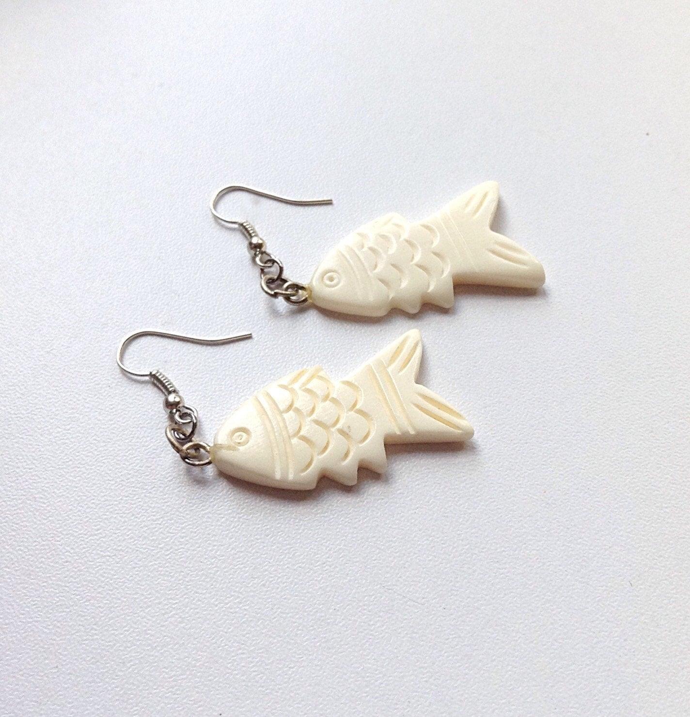 Bone fish earrings for Fish bone earrings