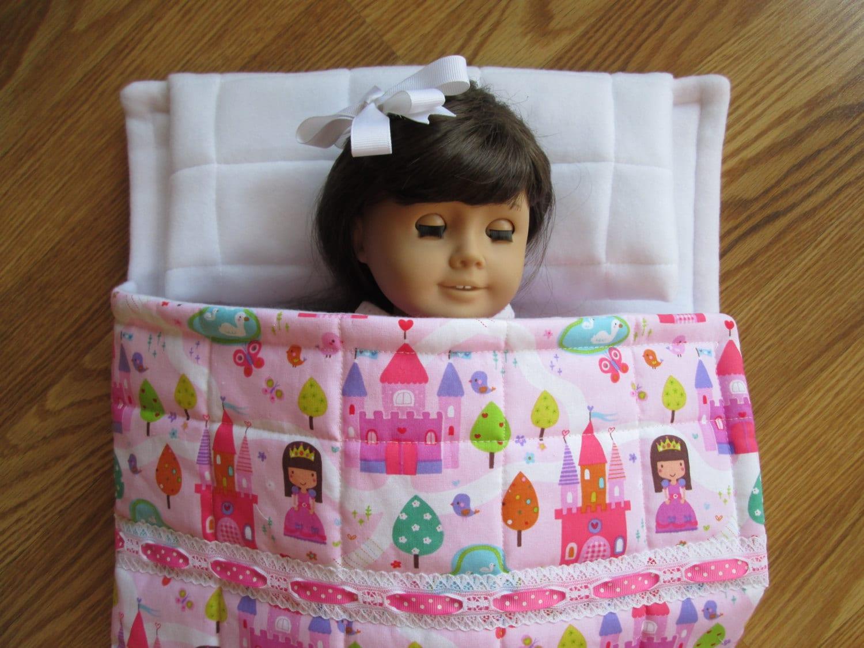 sac de couchage pour poup es fille princesses et ch teaux. Black Bedroom Furniture Sets. Home Design Ideas