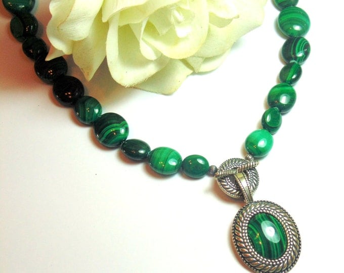 Gorgeous! Sterling Silver & Malachite Necklace