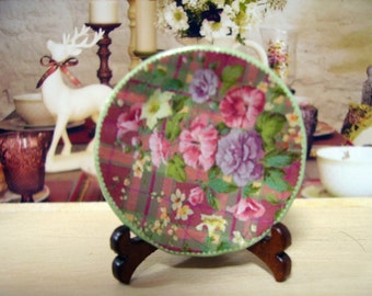 Highland Fling  Miniature Plate for Dollhouse 1:12 scale