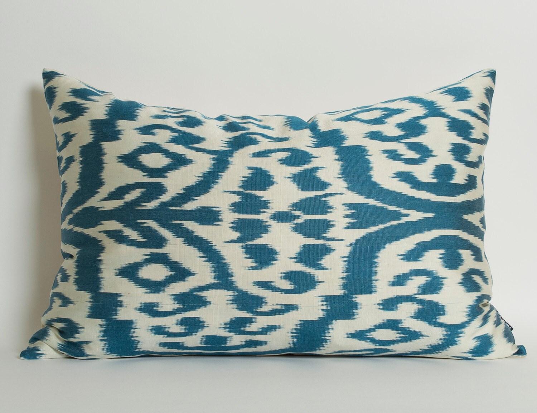 Ikat Throw Pillow Covers : Blue Ikat Pillow Cover Ikat Throw Pillow White Blue Pillows