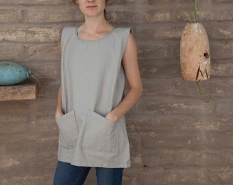 Artist smock #4 / work shirt / sleeveless scoop neck tunic with pockets
