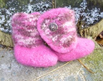 Felt boots for little girls