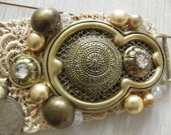 Mata Hari - Gorgeous Tribal Fusion Bellydance Belt Gold