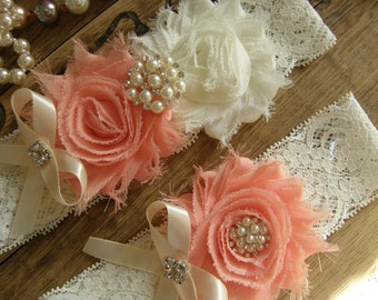 Garter / Wedding Garters / Ivory / Peach / Bridal Garter / Toss Garter / Garter Set / Vintage Inspired Lace Garter / Light Ivory Lace