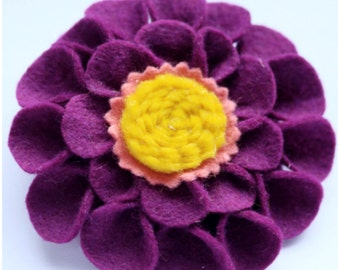 Felt flower brooch. Purple