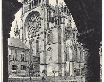 Laon Postcard - Apse of The Cathedral -  Number 65 - Jhot ND