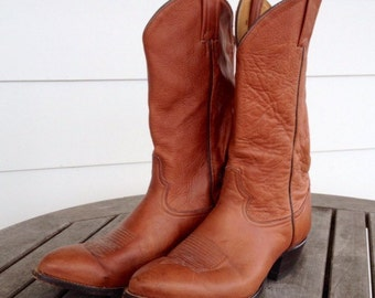 Mens tan Tony Lama boots, size 10