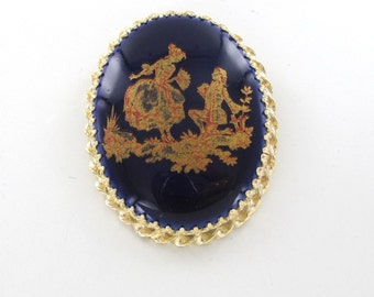 14kt Yellow Gold Pin Brooch Victorian woman and men Design Hand painted