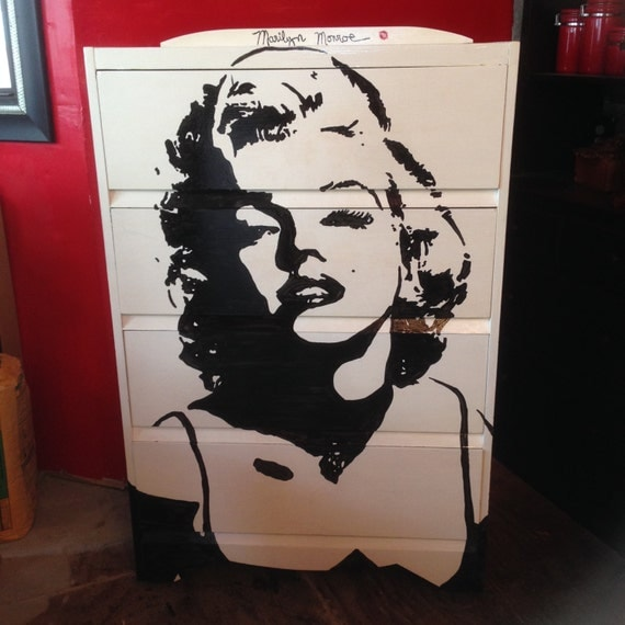 marilyn monroe themed four drawer dresser hand painted solid. Black Bedroom Furniture Sets. Home Design Ideas