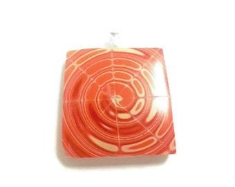 Swirl pendant. Fluor colors