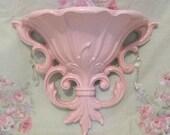 Vintage 1962 Shabby Chic Pink Fleur de Lis Homco Syroco Dart Ind Ornate Wall Pocket Prisms Paris Cottage