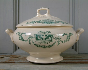 Antique french ironstone green transferware soup tureen. LONGCHAMP manufacture. Green transferware. French transferware. Model Lutèce