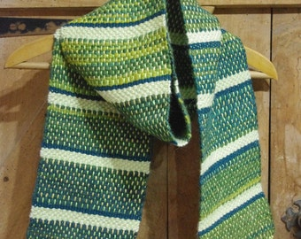 Chunky Green Handwoven Scarf