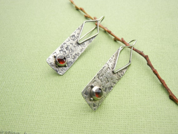 """Rectangle Earrings 1/2"""" x 2"""", 11 mm x 50 mm, Argentium Silver Hammered Textured . Small faceted Garnets"""