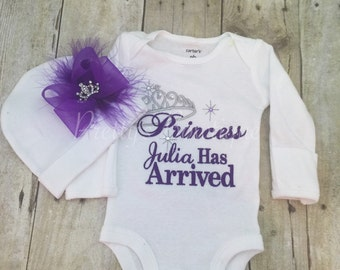 Baby girl coming home outfit -- The Princess has arrived personalized shirt or bodysuit and hat set.  Perfect for hospital or coming home ou